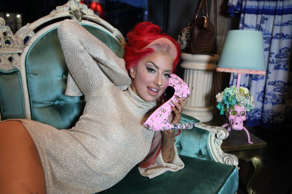 Neon Hitch Cosmo Shoot